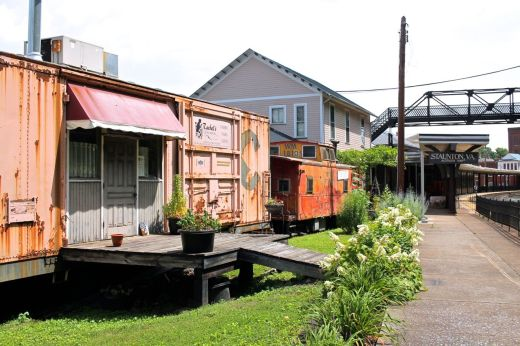 Train Caboose as Stores
